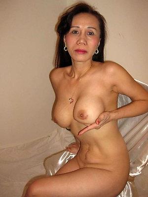 free pics of naked mature asian women