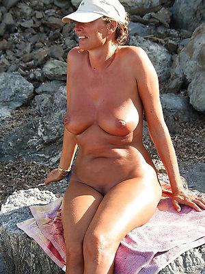 porn pics of mature nude beach