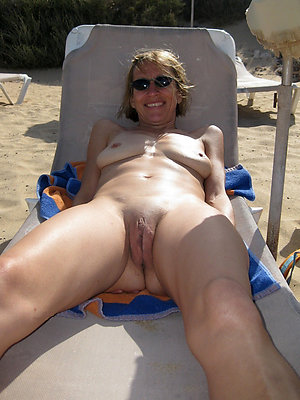 beautiful mature nude beach sex pics