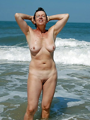 naughty mature on beach pictures