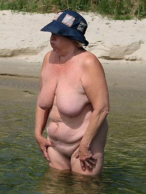 crazy mature bikini beach pictures