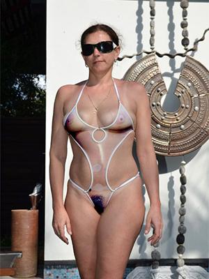 xxx mature women down bikini porn