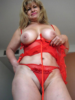 fantastic mature blonde pics