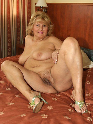 fantastic hot mature mart