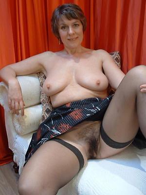 gorgeous mature wife pics