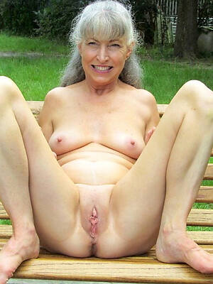 naked 60 year age-old women displaying her pussy