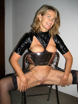 hot sexy mature latex cavalier def porn