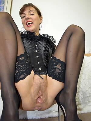 mature women vaginas amateur porn pics