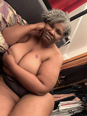 busty grown-up black women naked