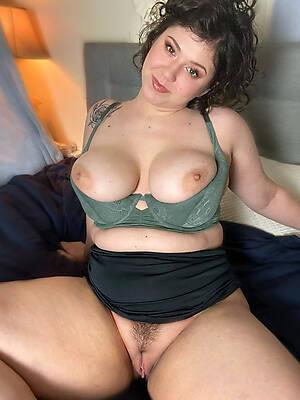 Milf sexy nude Free Milf
