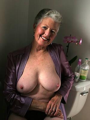 Naked women at 60