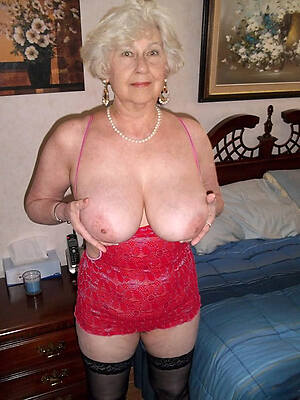 hot sexy essential old ladies pic