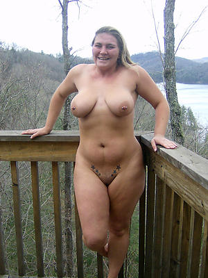 best mature pussy posing nude