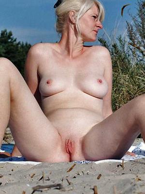 naughty mature unpretentious women