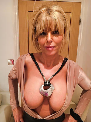 lovely mature amateur pictures