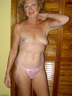 xxx free mature non-professional photos