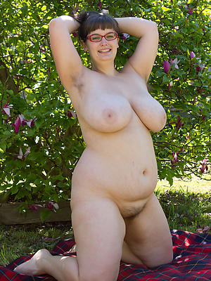 porn pics of huge matured breast