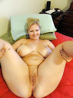 gorgeous mature hairy cunt pics