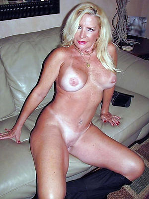 lovely horny mature ladies