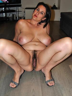 xxx free mature women legs