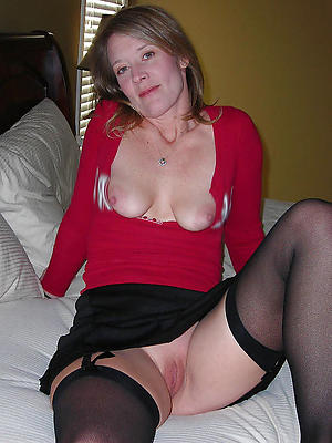 free pics of mature erotic column
