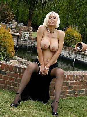 hot european women posing nude