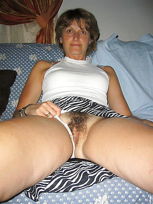 sexy unshaved of age women posing nude