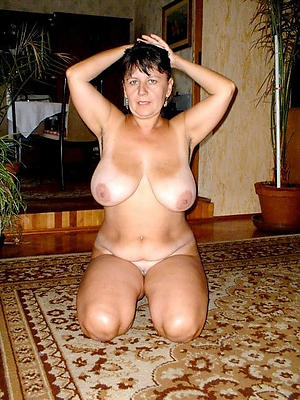 sexy mature housewife pussy