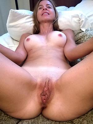 mature shaved vagina pics