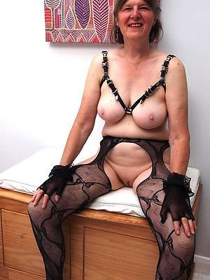 sexy horny shorn mature women