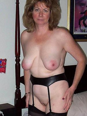 wonderful white mature moms porn pics