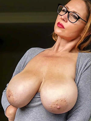 porn pics of white mature ass