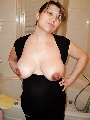 beauties free mature bosom