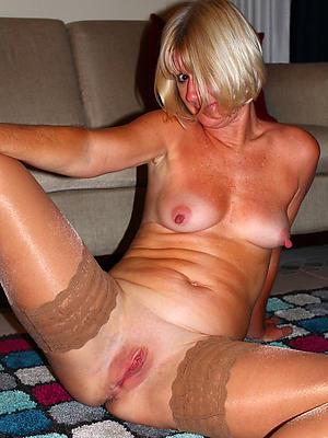 extravagant nude flawless mature singles