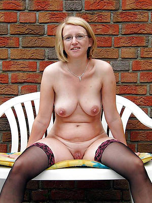 comely mature join in matrimony outdoors homemade pics