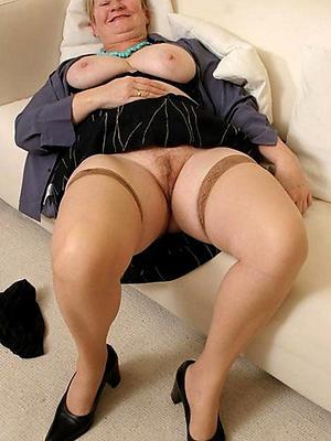 fantastic mature body of men in stockings nude pics