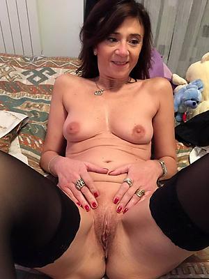 slutty mature vulvas