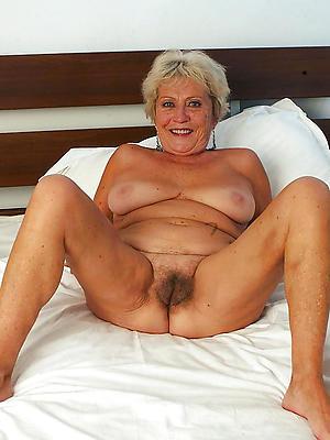 hotties mature vulvas nude pics