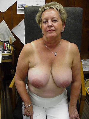 sexy fat mature nude