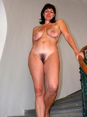 naked busty brunette mature