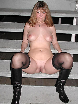 slutty matures in nylons homemade pics