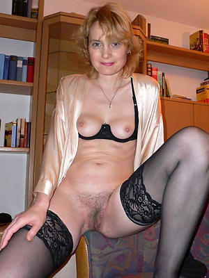 fantastic mature women in nylons porn verandah