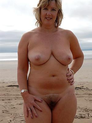 hotties naked mature beach sex pics