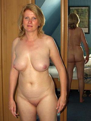 whorish natural mature woman pics