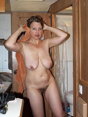 crazy natural mature boobs