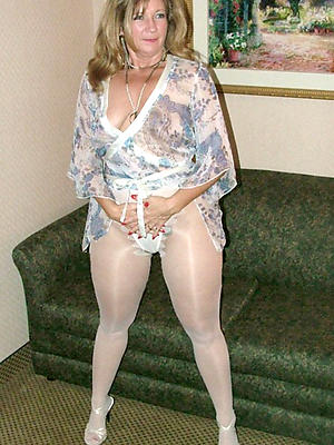 beautiful sexy matured nylons