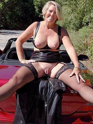 free pics of mature battalion in nylons