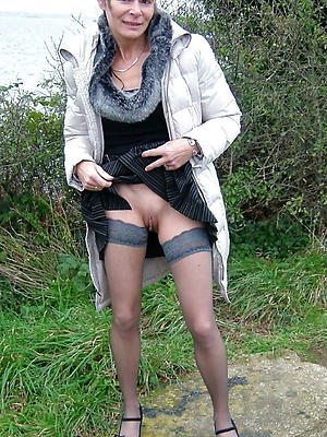 homemade mature women in nylons