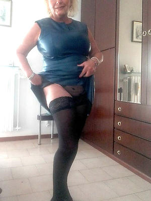 super-sexy grown up women in nylons