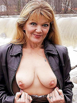 doyenne mature body of men